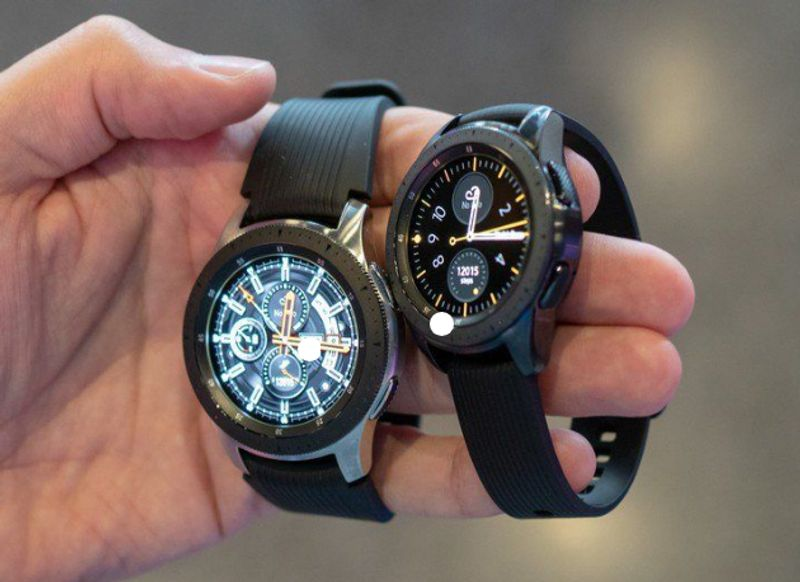 samsung galaxy watch 2 size